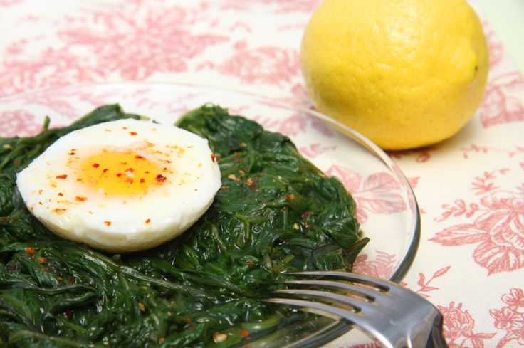 Skillet-Baked Eggs with Spinach, Yogurt, and Chili Butter