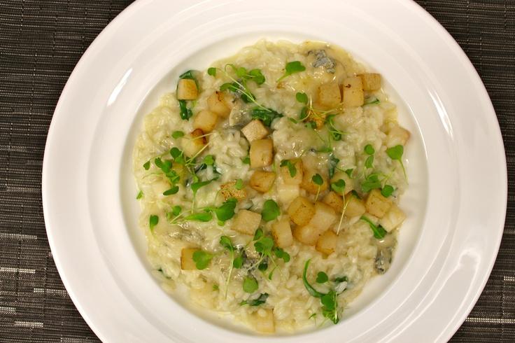 Risotto Con e Gorgonzola made with Aquarello rice, pear, gorgonzola ...