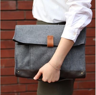 Canvas Clutch (Limited Edition)