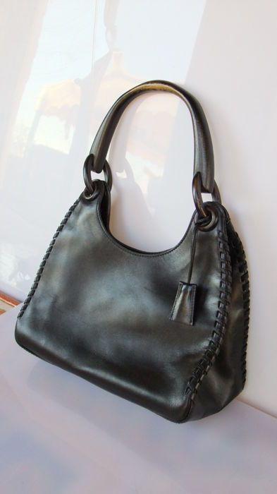 Attualmente nelle aste di  Catawiki  Gucci - Shoulder bag  9ebfd31038f8