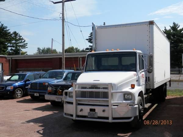 Make:  Freightliner Model:  M2 Year:  2005 Exterior Color: White Interior Color: Gray Doors: Two Door Vehicle Condition: Good   For More Info Visit: http://UnitedCarExchange.com/a1/2005-Freightliner-M2-283705607092