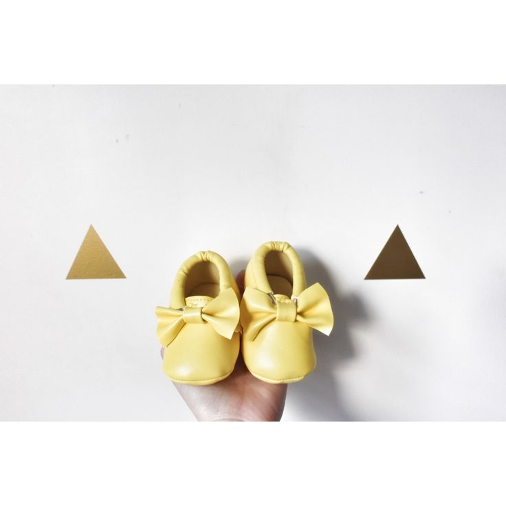 Yellow Bow Moccasins baby infant shoes💛 $19.99