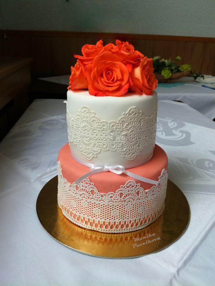 Elegant lace mold CAKE with roses. DORT elegantní s růžemi.