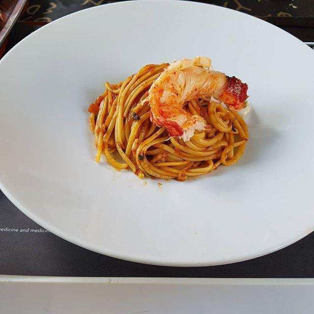 #spaghetti and #lobster @eatatmiltons #omg #yum #foodlover #foodpicoftheday #foodporn #Greece #greecestagram #greekislands #mediterranean #europe #greeceblogger #greek #hellas #hellenes #greeklife #ellada #ilovegreece #travelgreece #instagreece #instatravel #picoftheday #holidaygreece #visitgreece