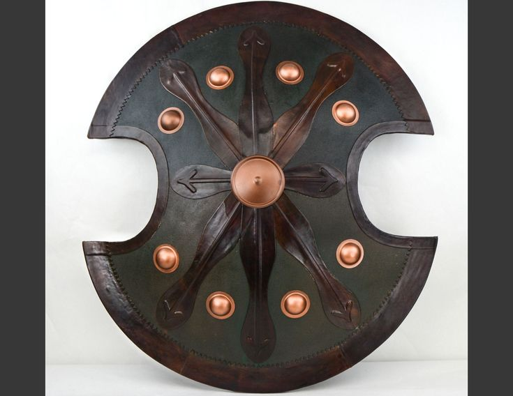 Ancient+Greek+life+size+warrior+Spartan+shield.+The+shield,+aspis+in+Greek,+was+carried+by+Greek+infantry+(hoplites)+of+various+periods+and+is+often+referred+to+as+a+hoplon.A+hoplon+shield+was+a+deeply...
