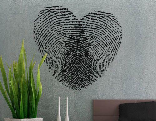 Coeur d'empreintes digitales, $18.98