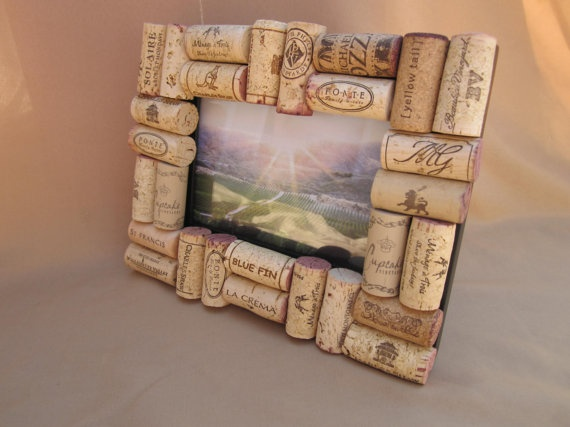 save the wine corks to make this lovely photo frame easy enough