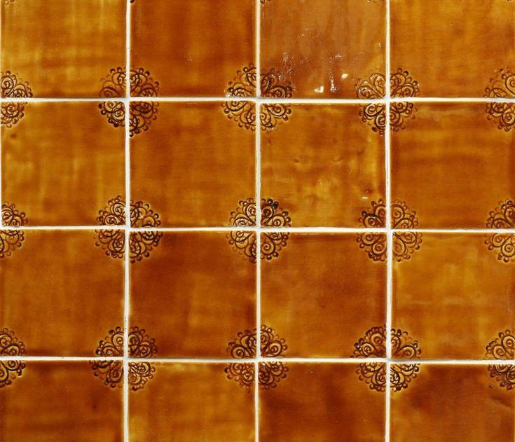 Handmade obkladačky vo vidieckom štýle #tiles #handmadetiles #ceramictiles #dreamtiles #tilelove #obkladacky #slovakhandmade #folk #kachličky #peknydomov #kitchen