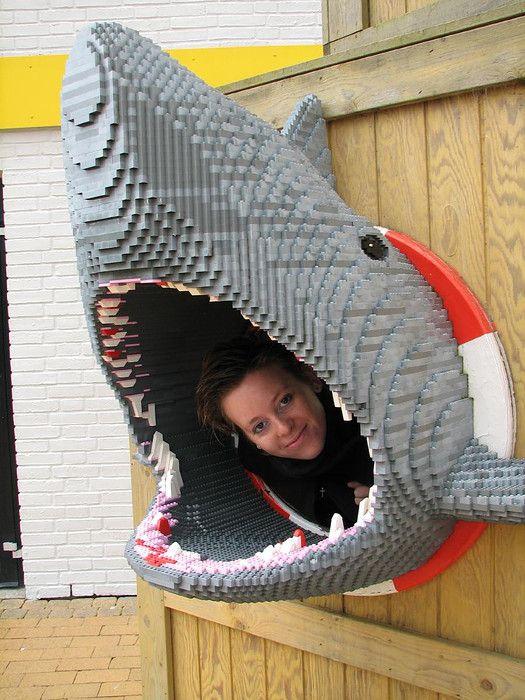 In de Legohaai. Legoland, Denemarken.