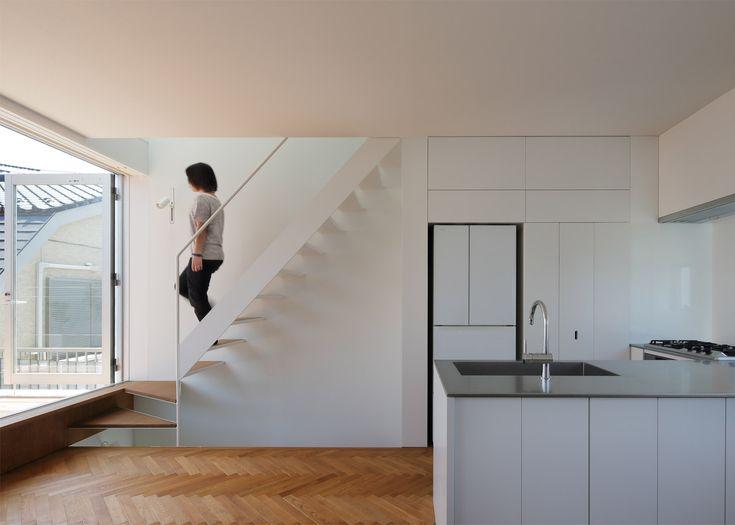 Little House Big Terrace / Takuro Yamamoto Architects