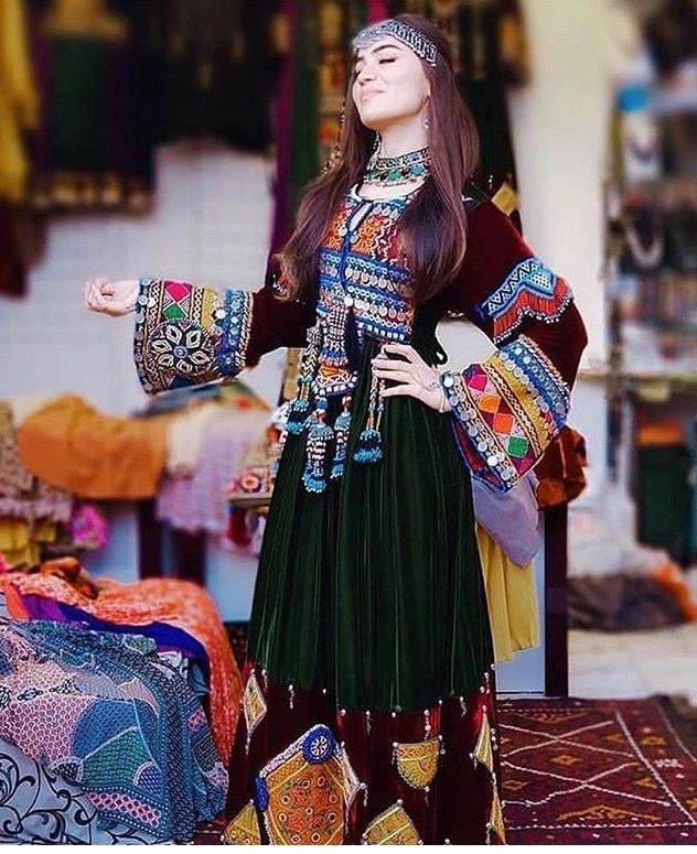 Pin by Ayat ArmaGhan 🎀 on Afghani dresses❤️   Afghan dresses, Afghan clothes, Pakistani dresses casual