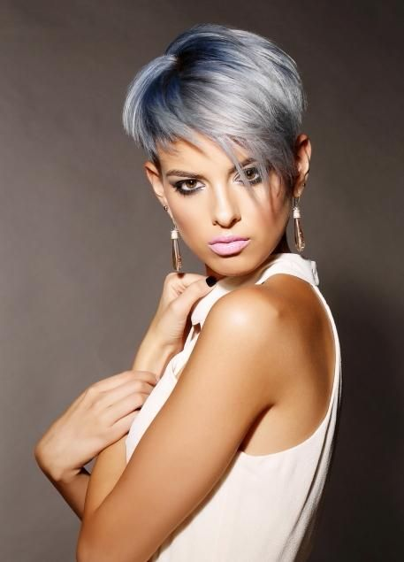 Photos cheveux courts gris