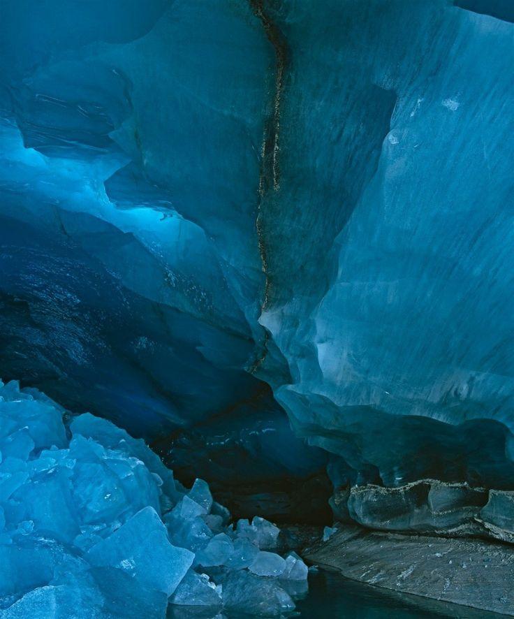 Chlácholivá modrá ľadového kráľovstva.