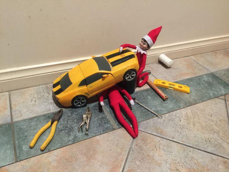 December 15th - Elvis and Effie are fixing Bumblebee #elfontheshelf