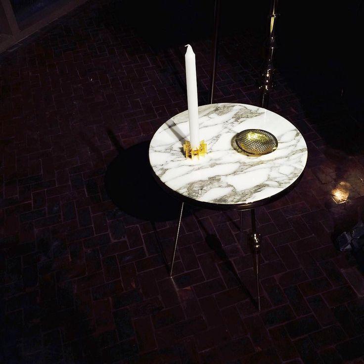 Richarm Table 01 & Fundamental Candle holder Push Solo http://ift.tt/1pTpHSL #richarm #marble #marbletable #furniture #interior #candleholder #fundamental #sidetable #table #테이블 #사이드테이블 #리참 #가구 #인테리어 #전시 #윤현상재 #대리석테이블 #대리석 by richarm2015