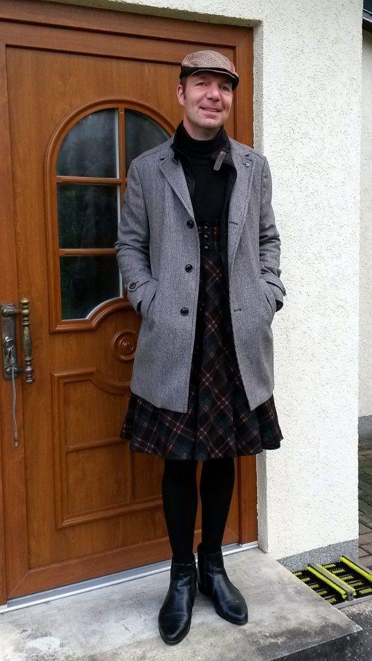 Winter-Outfit mit Trägerrock