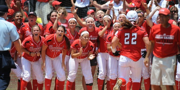 Ragin Cajun Softball Team 02.07.15