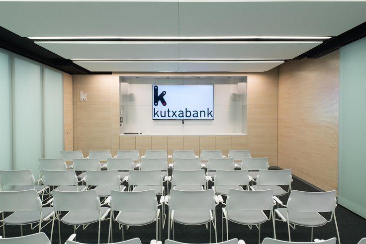 kutxabank-office-design-4