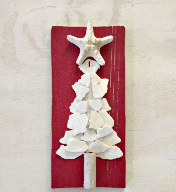 Albero di Natale delle conchiglie segno dell'albero di di SableSol