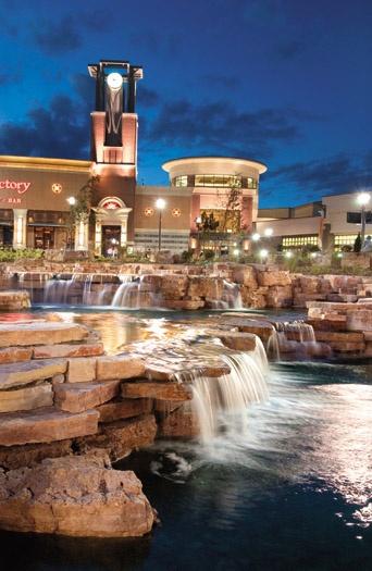 Jordan Creek Mall West Des Moines #Desmoines #erinrundall erinrundall.com #realestate