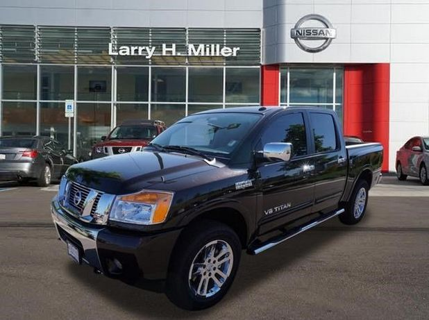 2015 NISSAN TITAN SL 4WD CREW CAB at Larry H. Miller Nissan Highland Ranch