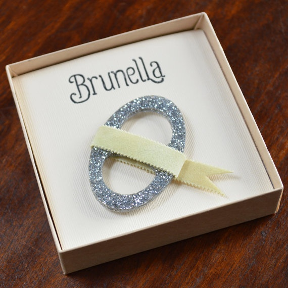 silver glitter scarf ring. lightweight scarf ring won't weigh your scarf down. #brunella #scarf ring