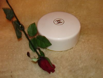 chanel no 5 after bath powder review