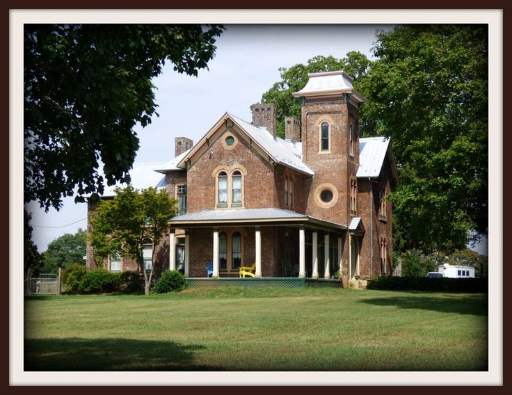 605 best old historic homes for sale images on pinterest for Historic homes for sale in tennessee