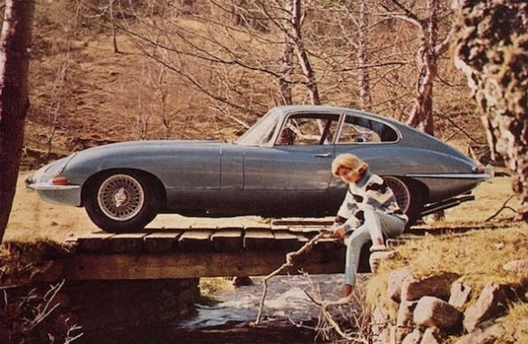 Vintage car ads - Wall to Watch