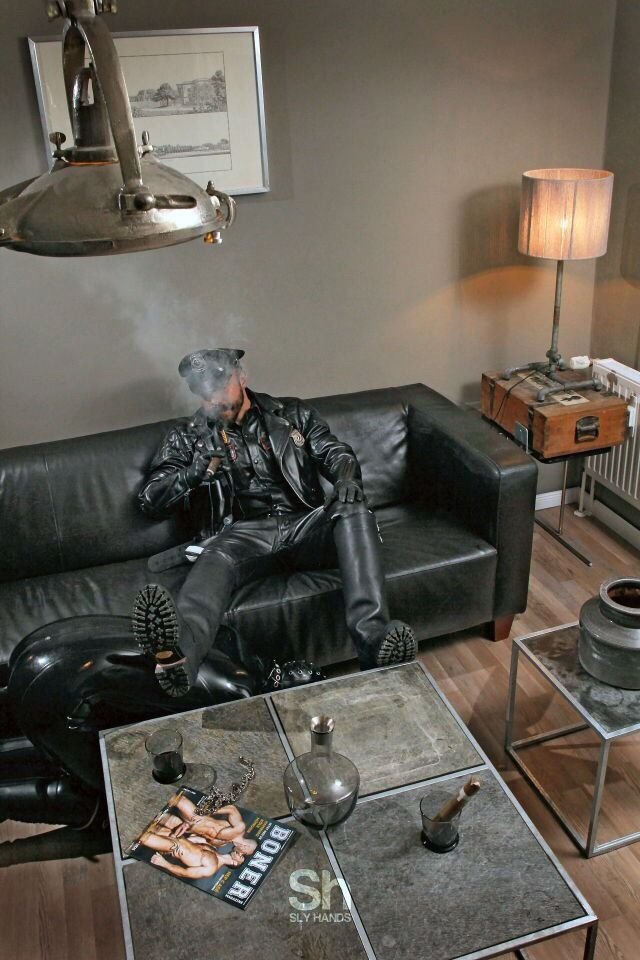 Leather gloves : Photo
