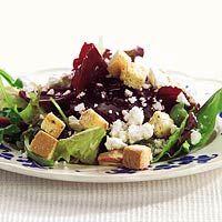 Recept - Bietensalade met geitenkaas en croutons - Allerhande