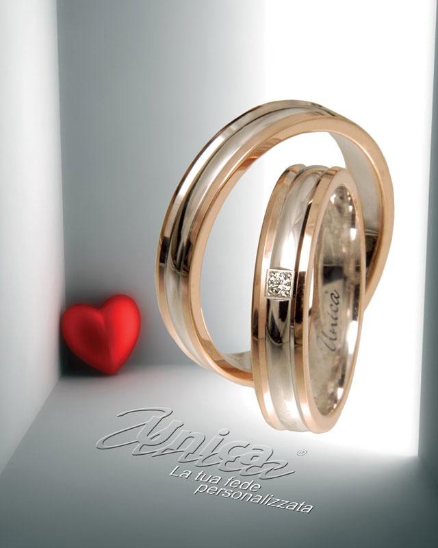 Unica ... la tradizione nella forma e nella sotanza come simbolo di unine regolare continua... oro Bianco rotondo protetto dall'oro Rosè senza interruzione ... il diamante tuo eterno e segreto simbolo...