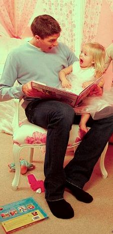 Steven Gerrard with his daughter Lilly-Ella.
