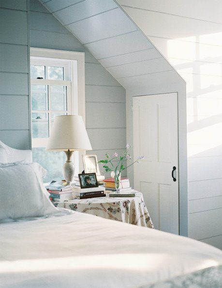 Best 25 benjamin moore smoke ideas on pinterest for Perfect blue grey paint color