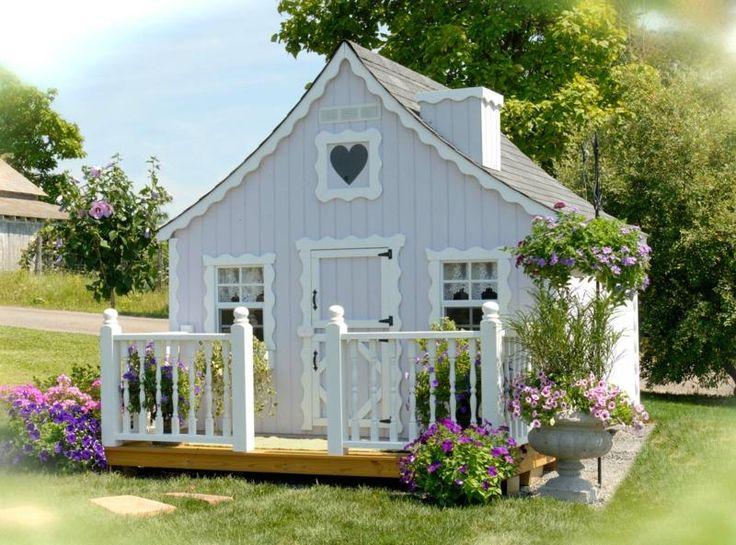 Kinder Spielhaus - Ein romantisches Design mit kleiner Veranda