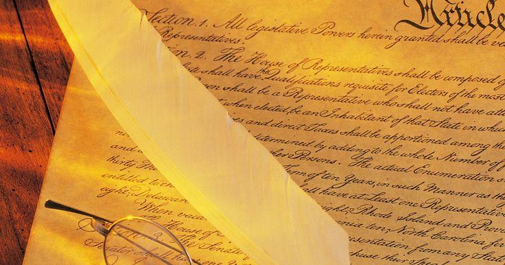 A diferença entre um federalista e um anti-federalista. Os federalistas e anti-Federalistas eram grandes adversários políticos durante a elaboração da Constituição dos EUA. Eles debateram e discordaram sobre o legado da Revolução Americana a respeito da forma que governo dos EUA deveria ser criado. Os dois grupos discutiram os méritos da Constituição entre os anos de 1787 e 1790, período no qual as ...
