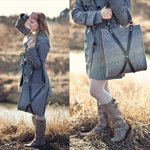 Felt Bag With Leather Handle FOX BLACK BAG by MOOSEdesignBAGS