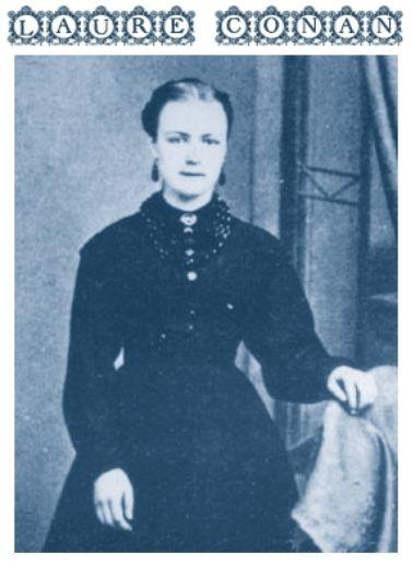 Félicité Angers a été la première romancière québécoise; son nom de plume était Laure Conan. Elle est originaire de La Malbaie; elle a publié neuf œuvres. Journaliste, elle collabora à plusieurs périodiques dont Le Journal de Françoise de Robertine Barry. Biographe et historienne, ses écrits questionnèrent le rôle social féminin.