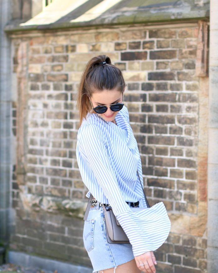 storets blouse in light blue