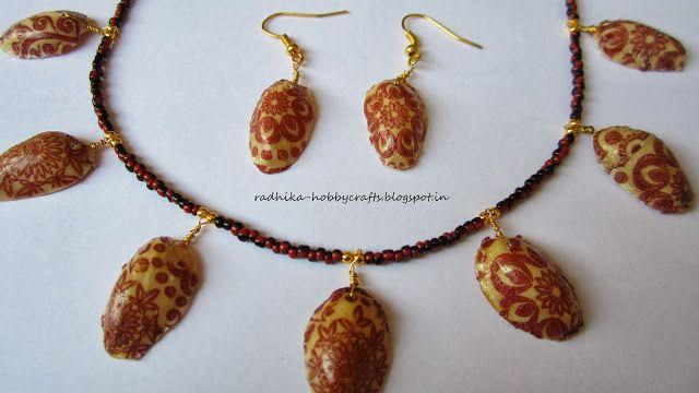 Gusci di pistacchio e decoupage - Decoupage pistachio shells necklace