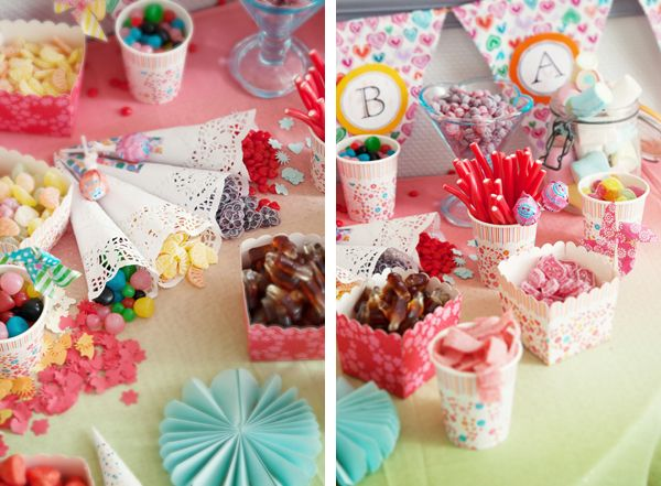 Candy bar. Cornets en napperons