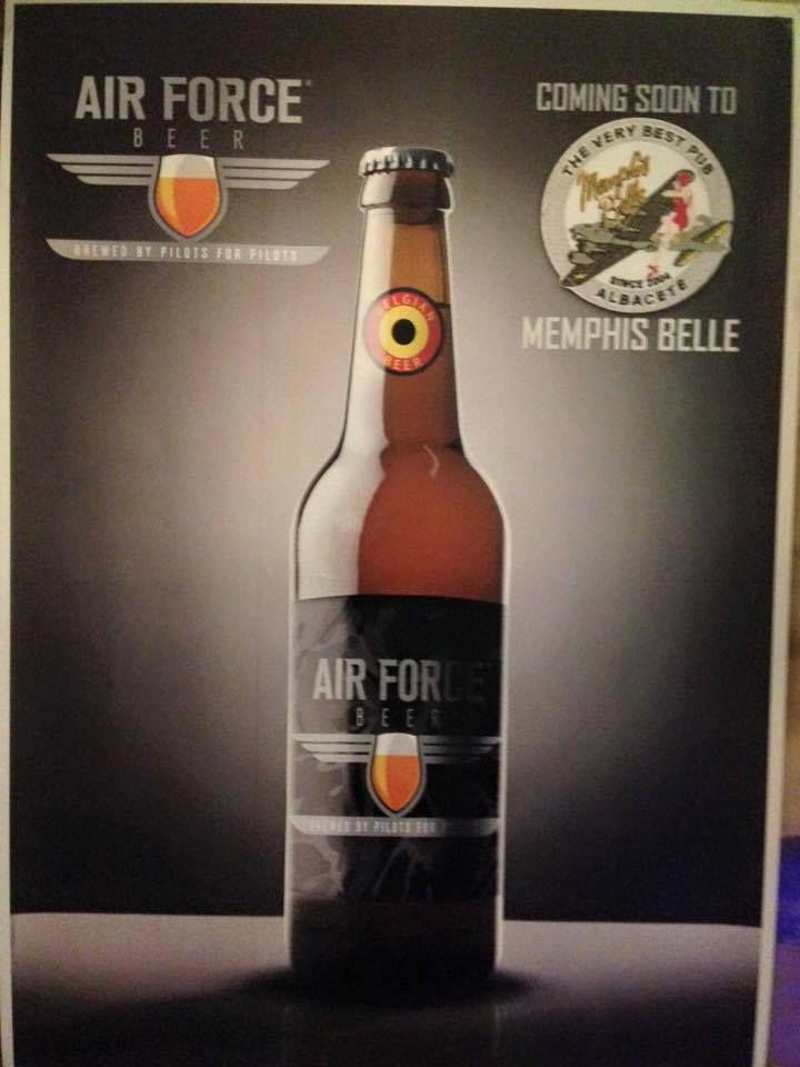 Nueva cerveza Air Force. Hecha por pilotos para pilotos.