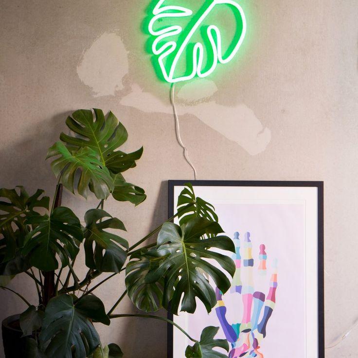 Neon Republic Australia | Panama | green monstera leaf neon sign home warehouse