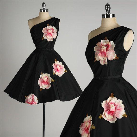 vintage 1950s dress . black taffeta . by millstreetvintage on Etsy