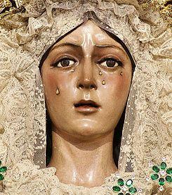 18-12 Virgen de la Esperanza Macarena Sevilla