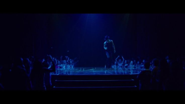 Magic Mike XXL new trailer flashes the men's abs 15 times in 30 seconds
