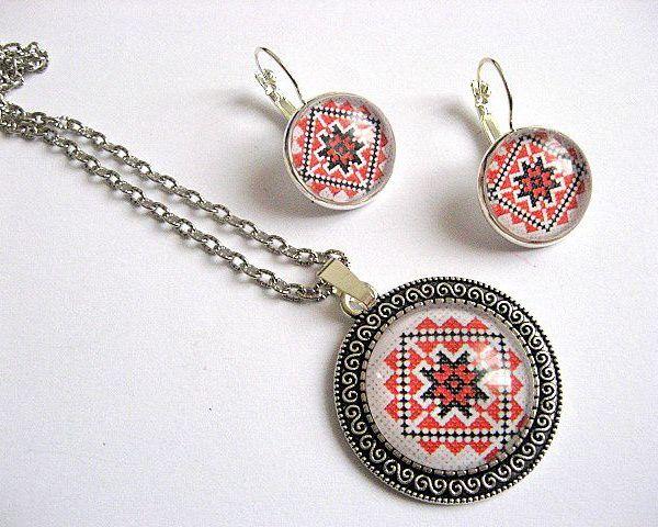 Colier si cercei set bijuterie cu motive traditionale - idei cadouri femei