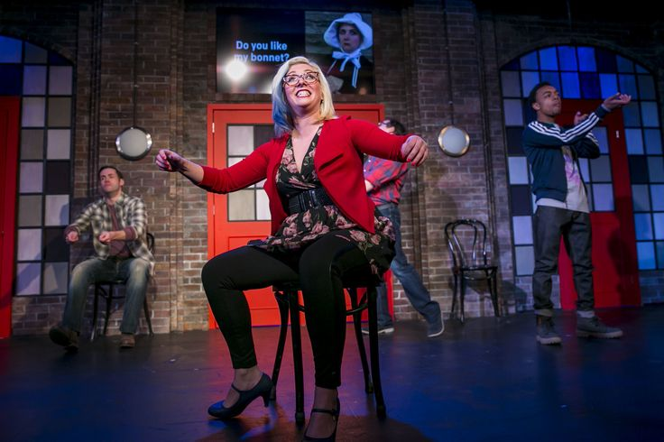 This week we're pairing Second City comedy with an Old Town sports bar.
