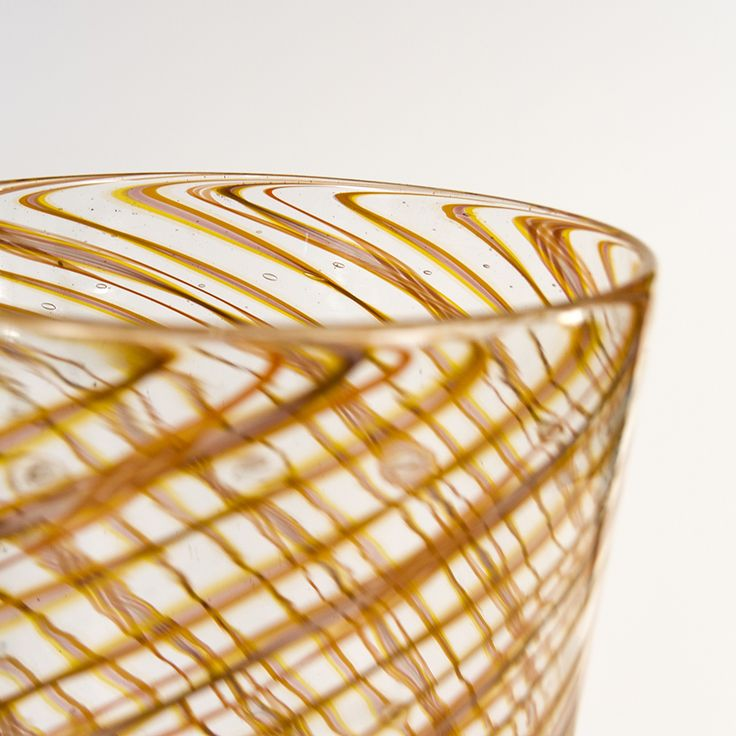"""Twisted Ears of Corn"" - Murano Glass Vase €700,00 by #AbateZanetti |  http://www.abatezanettimurano.com/en/murano-glass-vases/twisted-ears-of-corn-murano-glass-vase.html#.VSZJuZSsWK0 #venice #veniceglass #murano #muranoglass #vase #handmade #madeinitaly #glass #vetro #homedecor #transparency #yellow #orange #spiral #light #shadows #earsofcorn #details #sun #levity #swirly #twist"