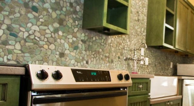 Pebble Backsplash Future Home Pinterest Best Cozy Kitchen And Remodeled Kitchens Ideas